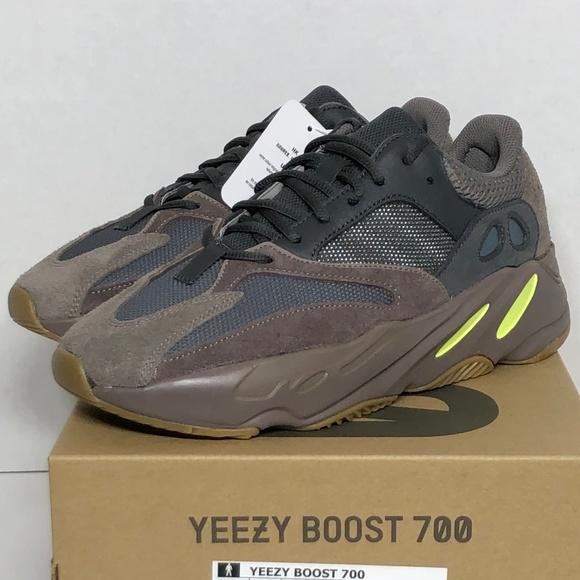 18faa04a40254 NWT adidas Men s Yeezy Boost 700 Mauve